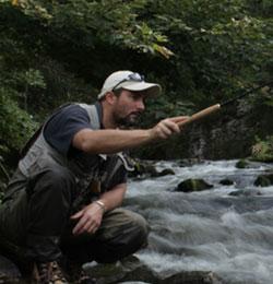 Aurélien Perez, membre de la compagnie des guides de pêche de Lozère.